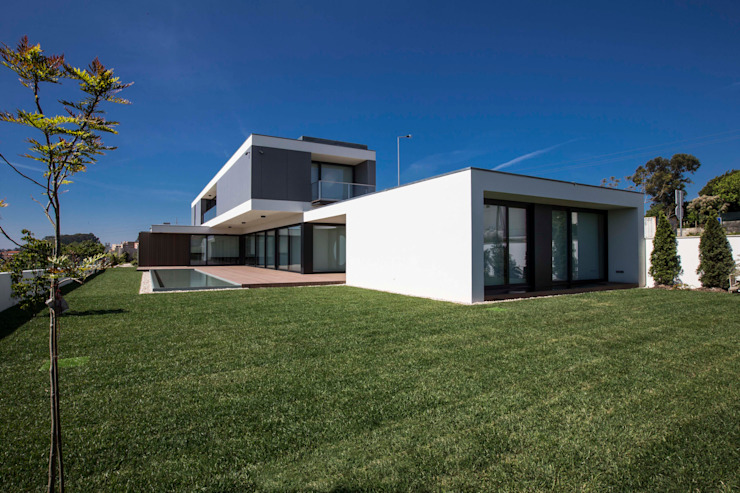 Casa JD Casas modernas por Atelier Lopes da Costa Moderno