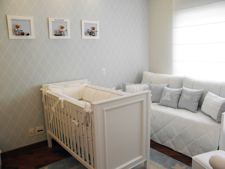 Baby room by Lígia Bisconti, Modern