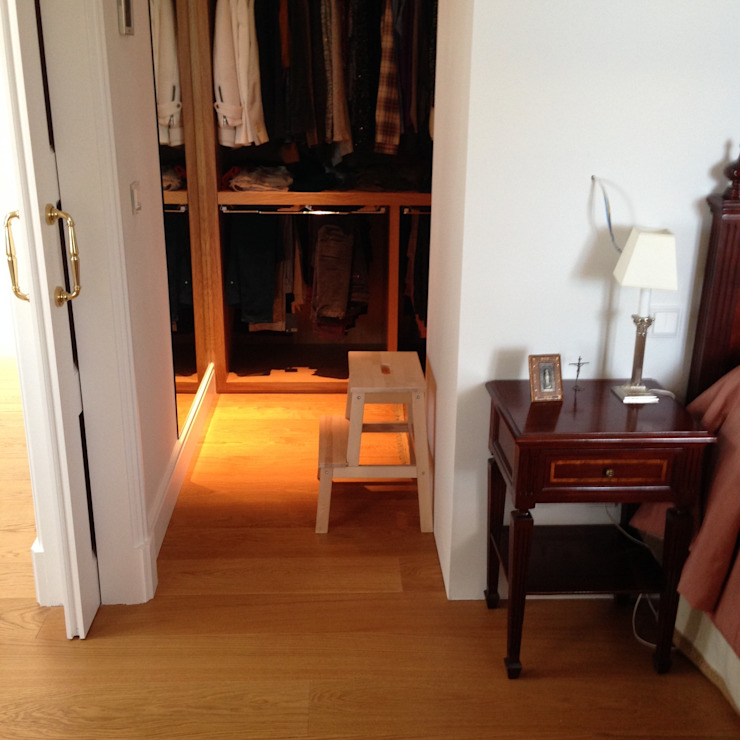 Tarima de gran formato de roble - Tarimas de Autor Camera da letto in stile classico di Tarimas de Autor Classico