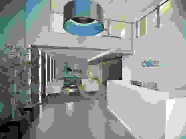 ห้องโถงทางเดินและบันไดสมัยใหม่ โดย Ideia1 Arquitetura โมเดิร์น
