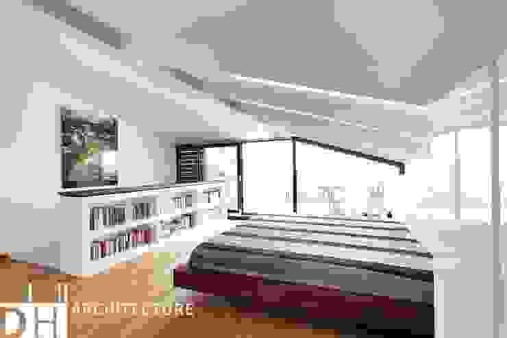 TS EVI Modern Yatak Odası DICLE HOKENEK ARCHITECTURE Modern