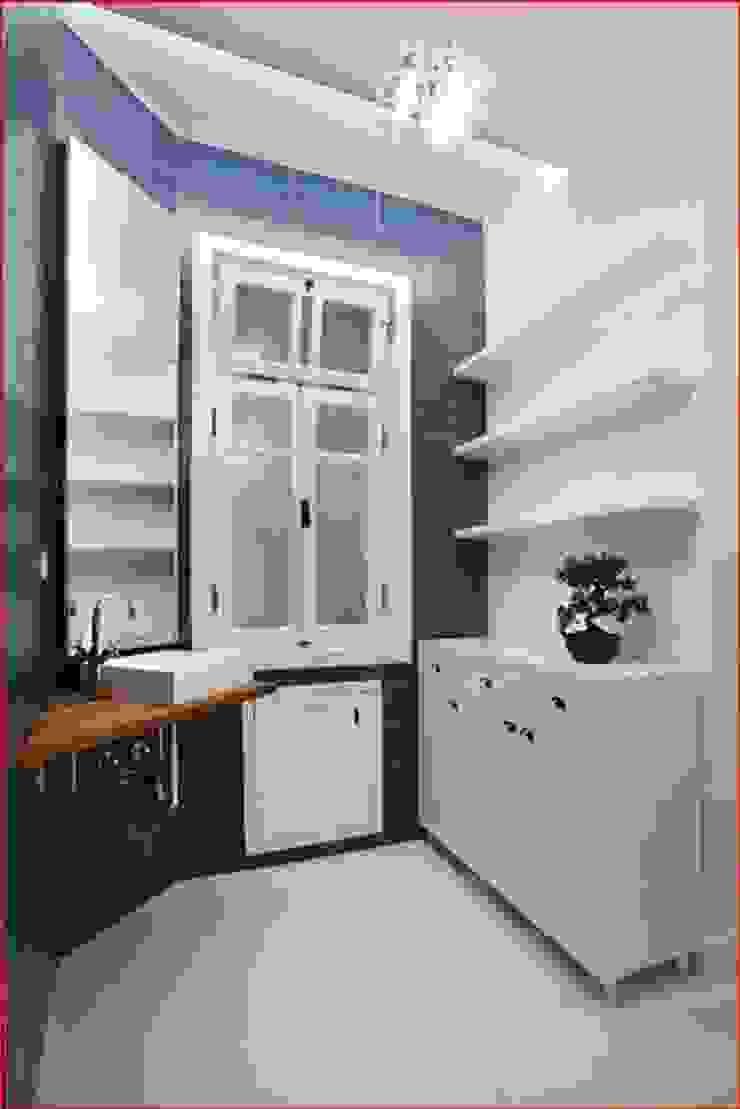 DICLE HOKENEK ARCHITECTURE Moderne Badezimmer