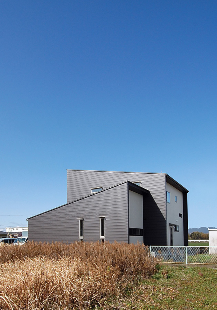 Home Base モダンな 家 の スペースキューブ一級建築士事務所/Space Cube モダン