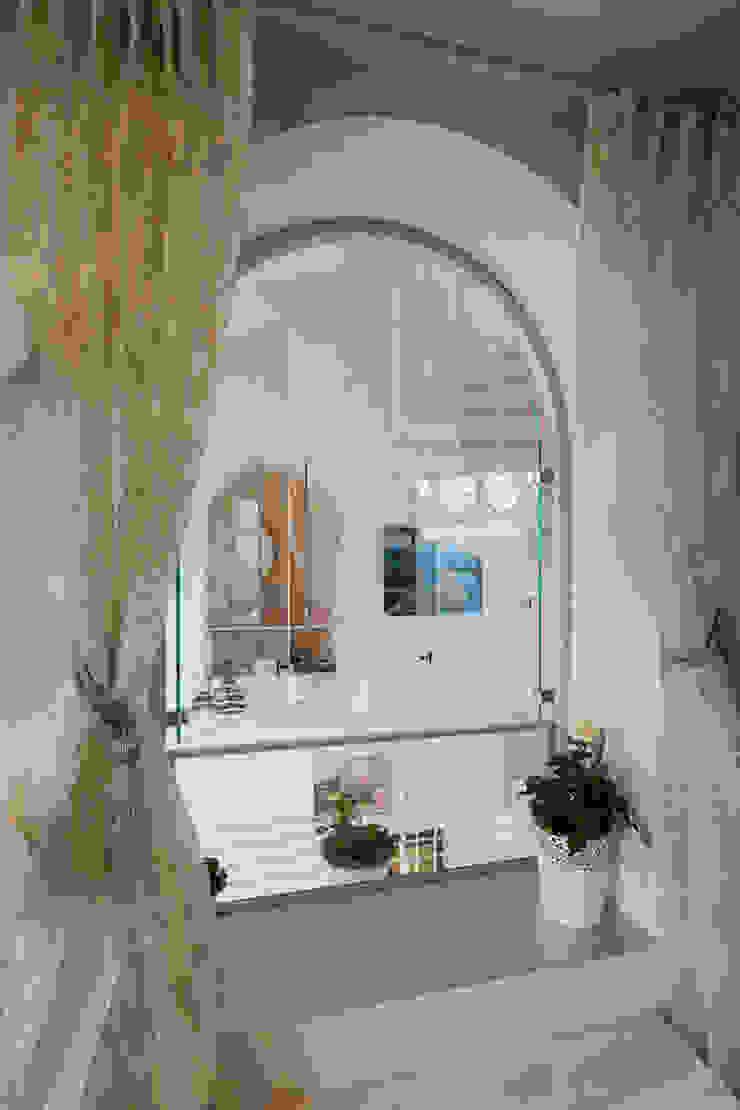 株式会社 入船設計 Eclectic style bedroom