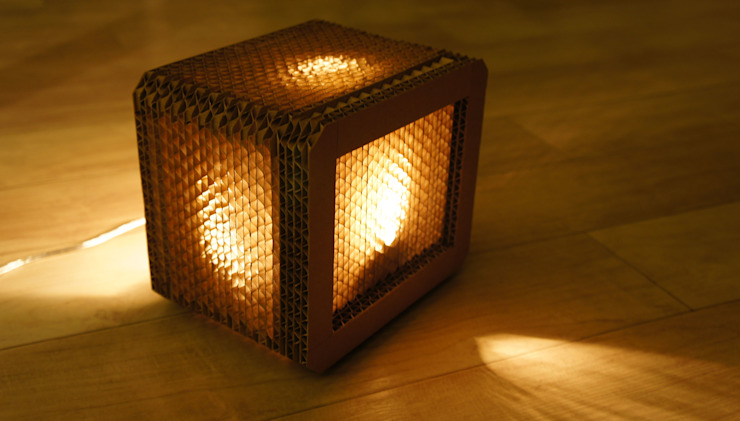light cube  (175x145x125mm): YUBILEE의 현대 ,모던