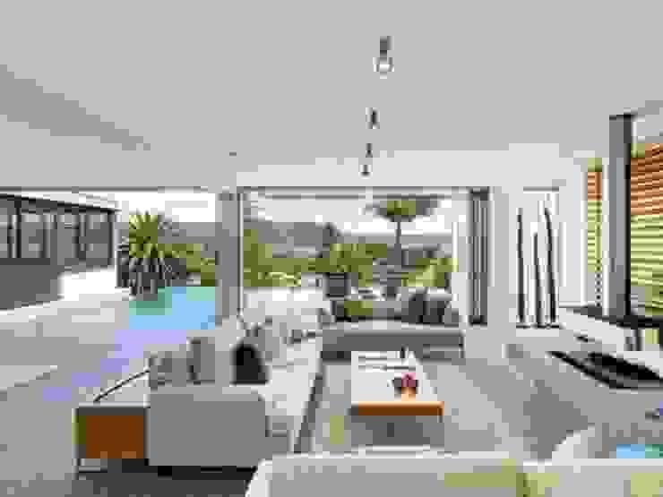 Queensland Modern Living Room by Bella life Style Modern