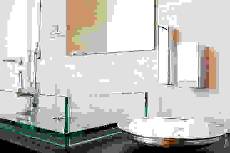 Ristrutturazione abitazione AR a Pescara Bagno minimalista di Studio Sabatino Architetto Minimalista