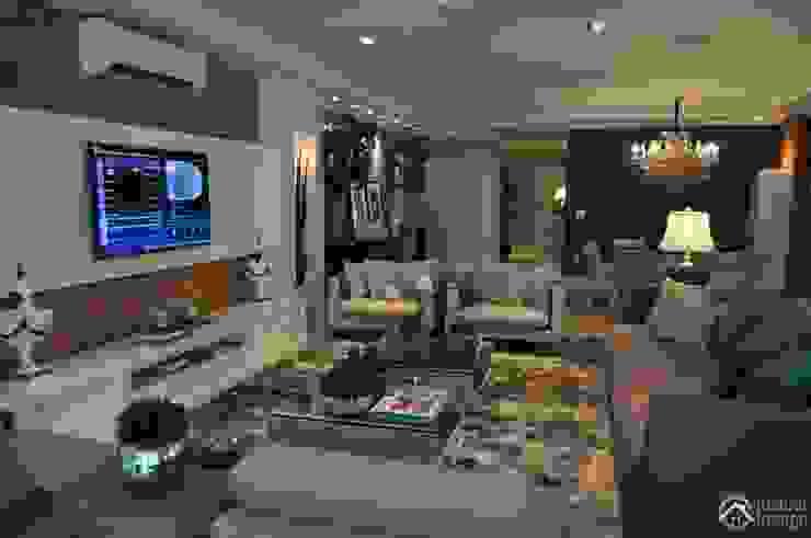 União do rustico e Contemporâneo Salas multimídia modernas por Actual Design Moderno