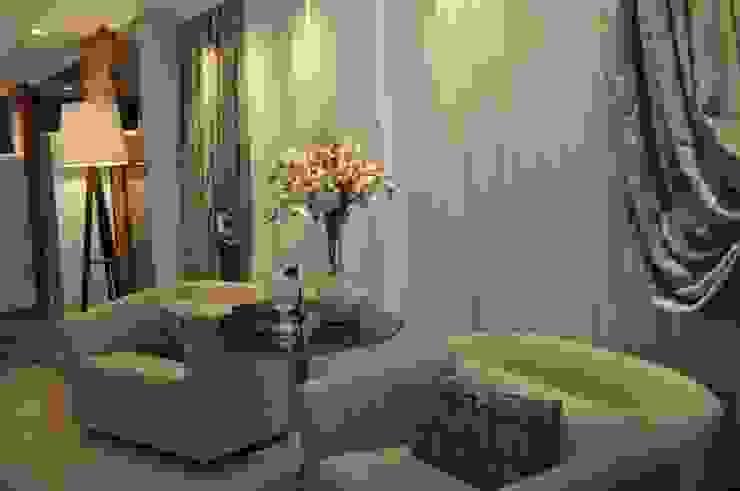União do rustico e Contemporâneo Salas de estar modernas por Actual Design Moderno