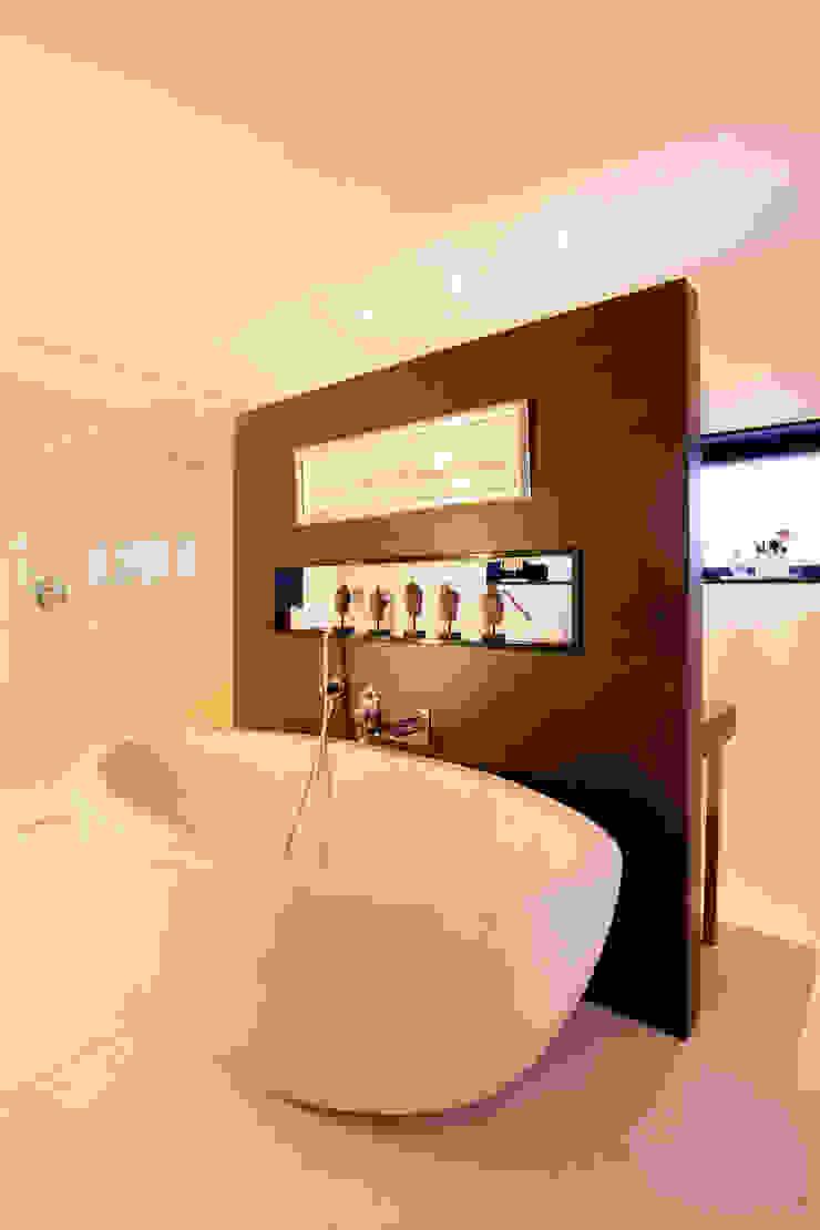Baño en la piedra Baños de estilo minimalista de IPUNTO INTERIORISMO Minimalista