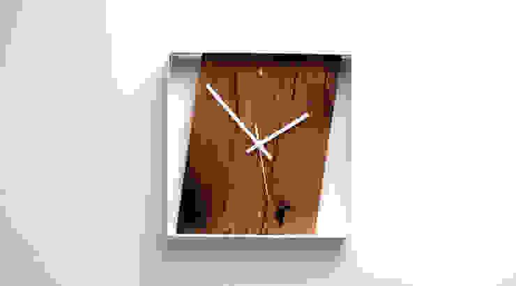 RECLAIMED FRENCH OAK WALL CLOCK: modern  by Jam Furniture, Modern