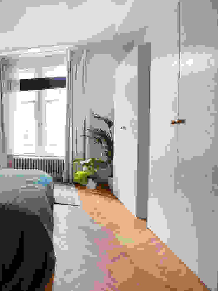 Stadsvilla Den Haag Moderne slaapkamers van IJzersterk interieurontwerp Modern