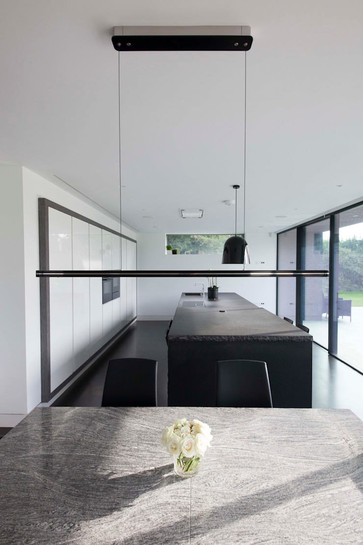 Beechwood House Modern kitchen by cu_cucine Modern