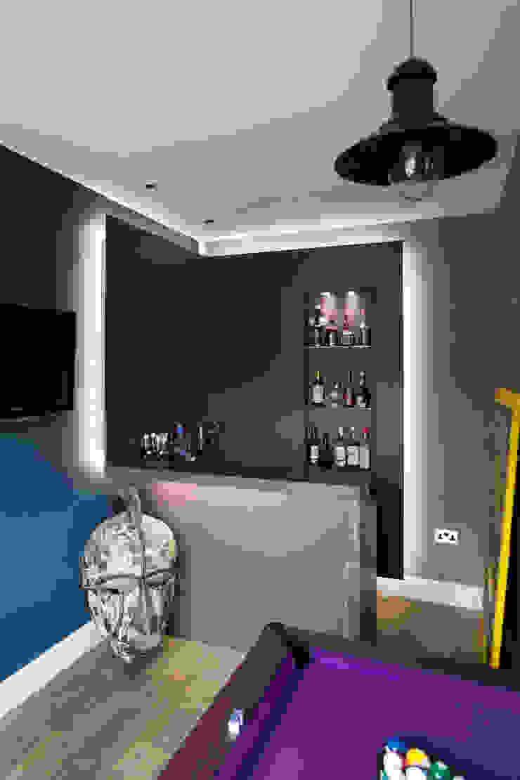 Bespoke games room bar & Cinema room bar Modern living room by cu_cucine Modern