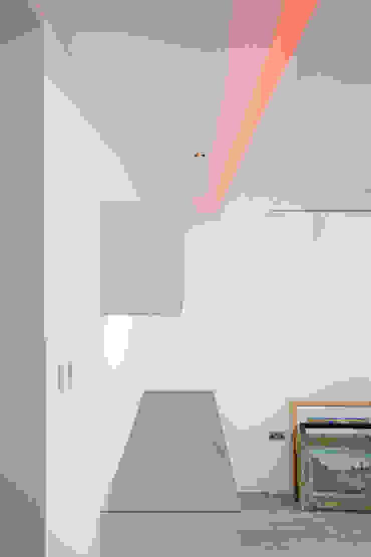 Bespoke games room bar & Cinema room bar Modern media room by cu_cucine Modern
