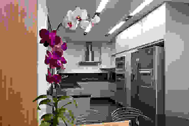 Para ver e viver! Cozinhas modernas por Jaqueline Frauches Arquitetura e Interiores Moderno