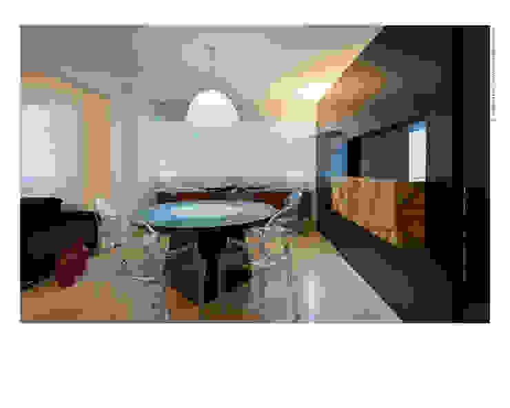 Pequeno notável Jaqueline Frauches Arquitetura e Interiores Salas de jantar modernas