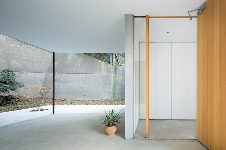 Pintu & Jendela Modern Oleh 栗原隆建築設計事務所 Modern