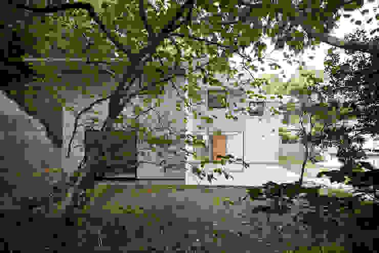 横須賀の家 モダンな 家 の 栗原隆建築設計事務所 モダン