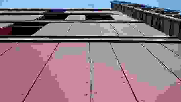 Edificio residenziale a Milano Lambrate Case moderne di SBG architetti Moderno