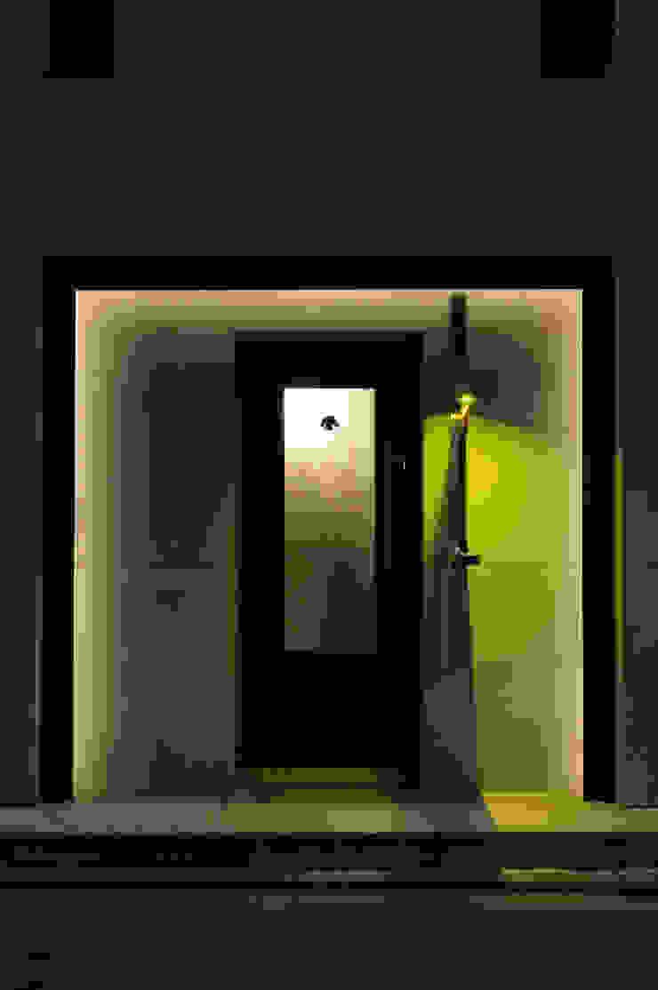 Entrance-1 の Shigeo Nakamura Design Office クラシック