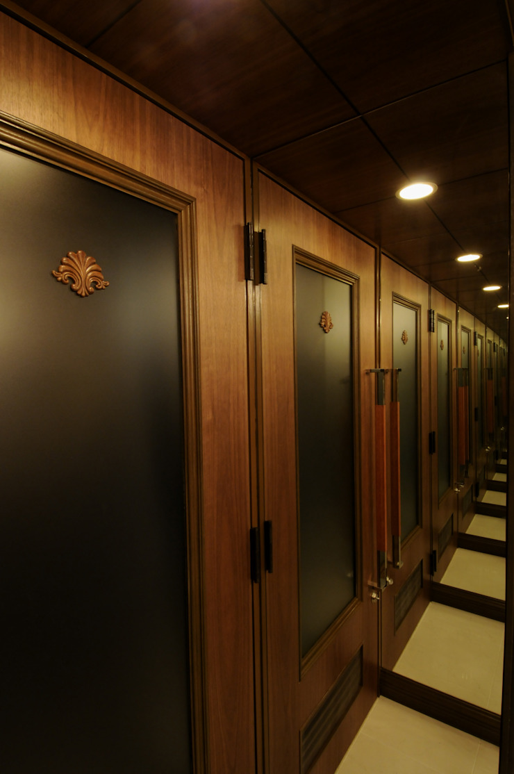 Entrance-2 の Shigeo Nakamura Design Office クラシック