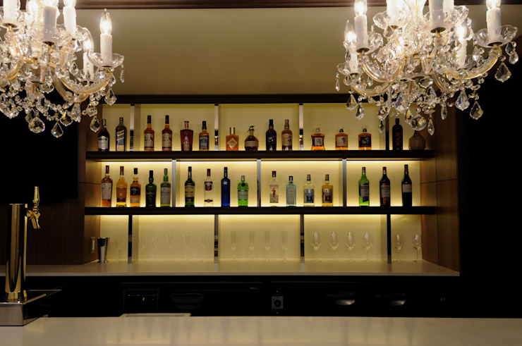 Bottle shelf の Shigeo Nakamura Design Office クラシック