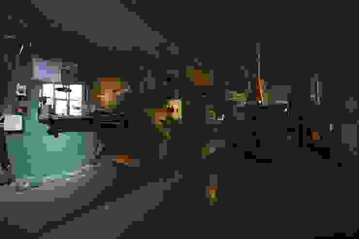 L'azienda Negozi & Locali commerciali in stile eclettico di Arredamenti Caneschi srl Eclettico