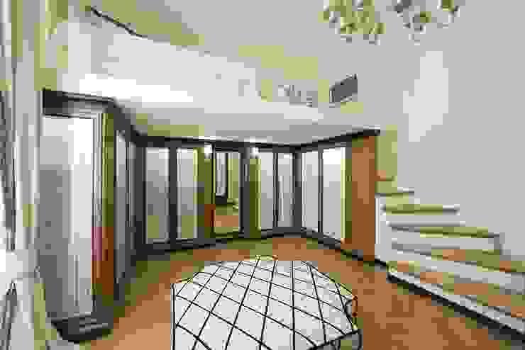 Camere da letto Camera da letto in stile classico di Arredamenti Caneschi srl Classico