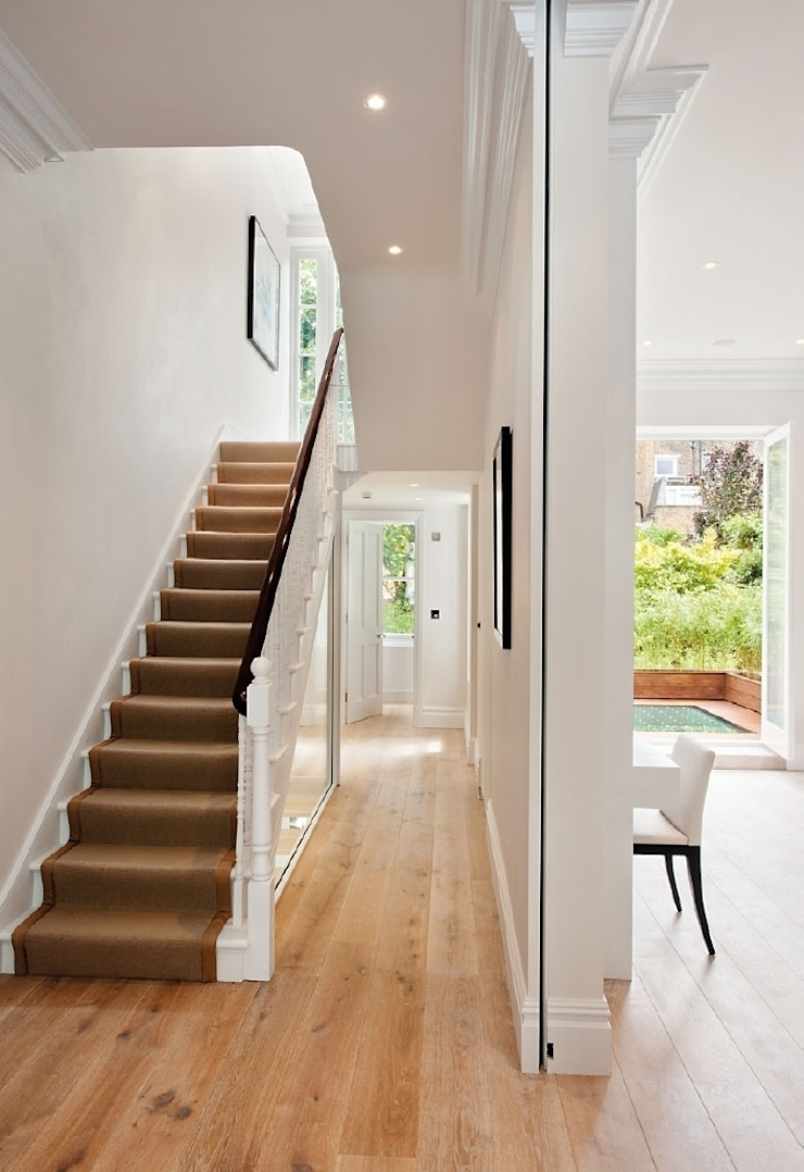 Chelsea Family House Classic style corridor, hallway and stairs by Black and Milk | Interior Design | London Classic