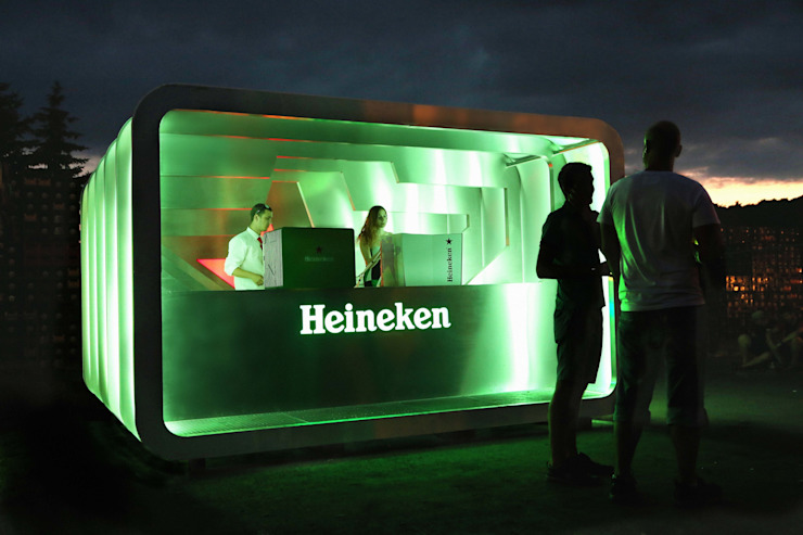 Pop Up bar for Heineken Modern commercial spaces by studio deFORM Modern