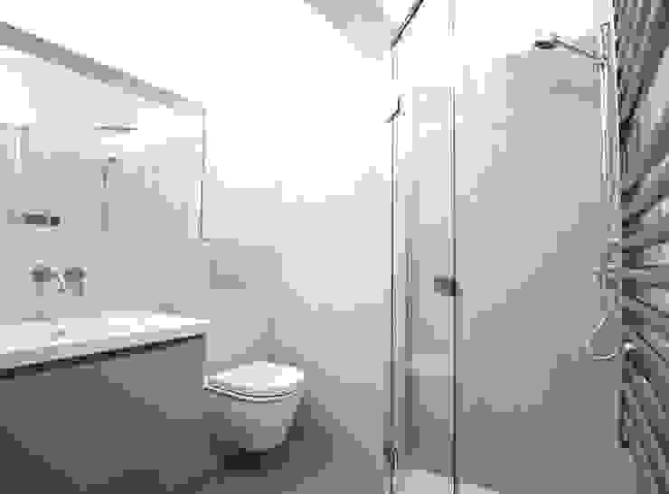 City Pied a Terre Black and Milk | Interior Design | London Baños de estilo minimalista