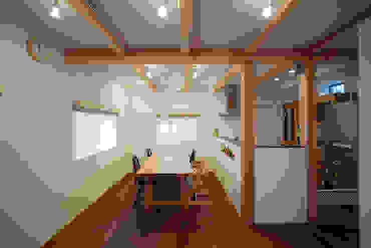 ニコ モダンデザインの ダイニング の 一級建築士事務所 楽工舎 モダン