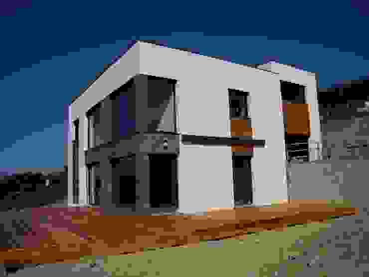 angle principal Maisons minimalistes par Bak'erige Minimaliste
