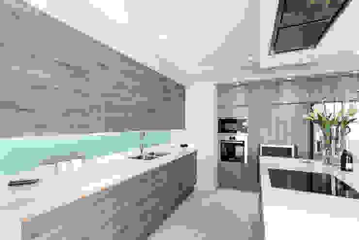 Duquesa Pulse Interior Design SL Cocinas de estilo minimalista