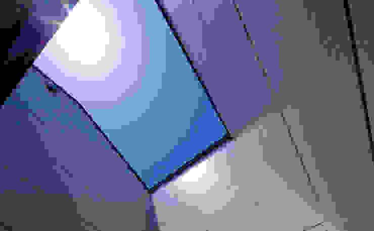 ノマド モダンデザインの テラス の 一級建築士事務所 楽工舎 モダン