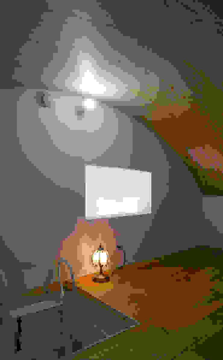 ノマド モダンデザインの 書斎 の 一級建築士事務所 楽工舎 モダン