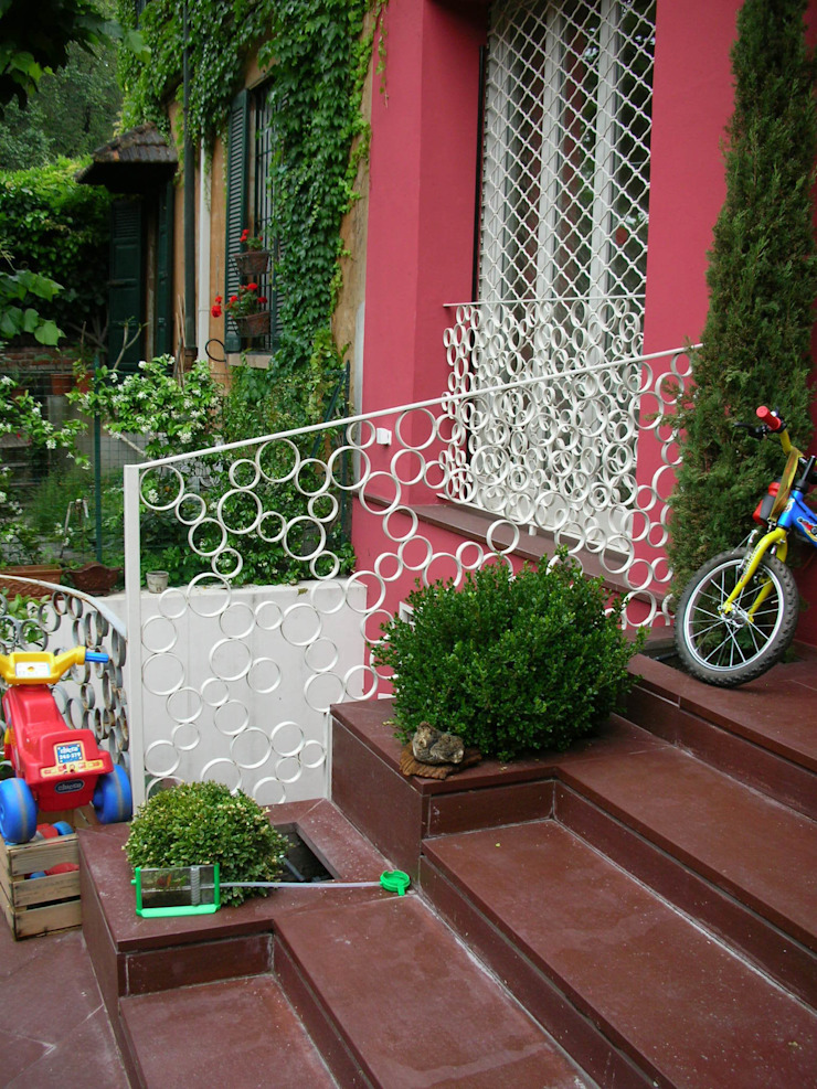 Modern Garden by SENSIBILE DE ROSALES Modern