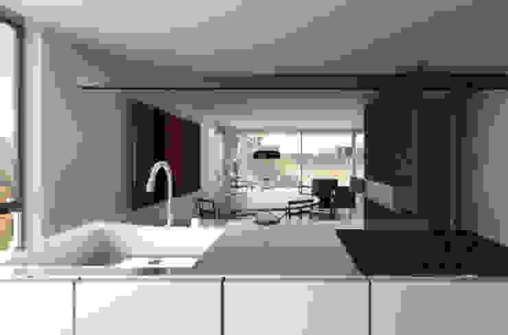Appartamento sul Lago di Costanza ad Arbon Cucina moderna di ZDA Zanetti Design Architettura Moderno