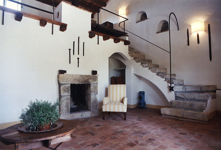 Rustic style living room by Architetto Giuseppe Prato Rustic