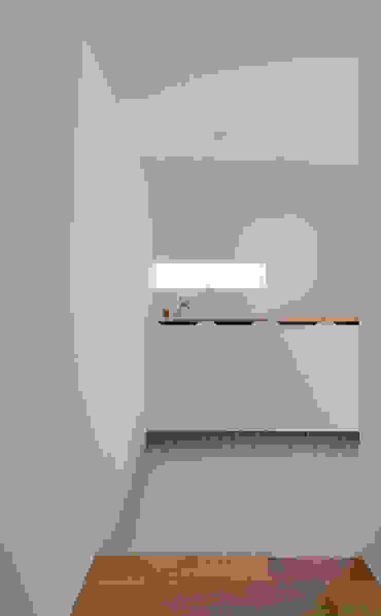 n・D モダンスタイルの 玄関&廊下&階段 の 一級建築士事務所 楽工舎 モダン