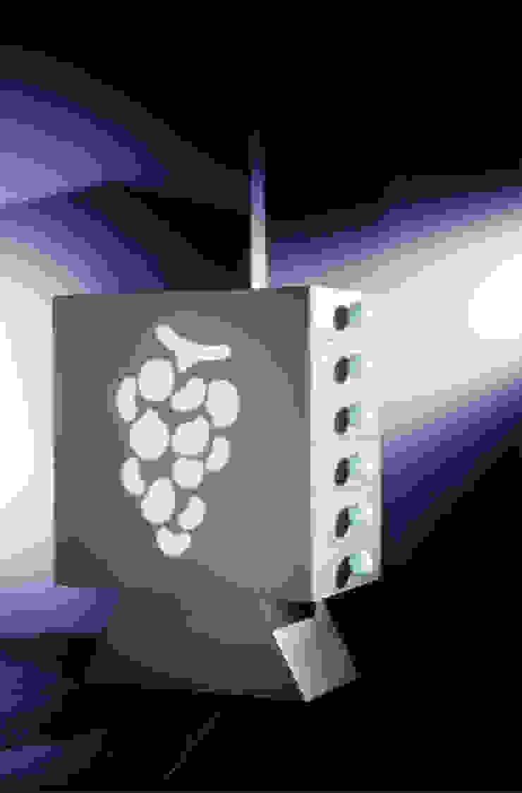 Grapes (1992) di Massimo Mariani Architetto Moderno