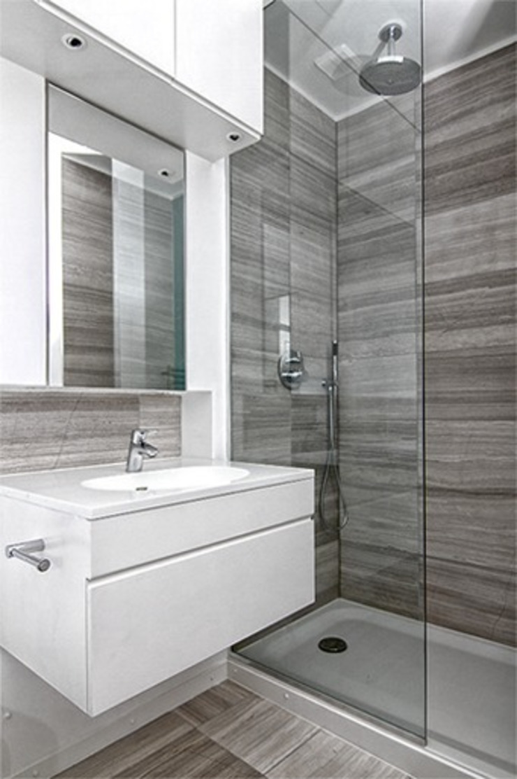 St. Geroge's Square Modern bathroom by CBOArchitects Modern