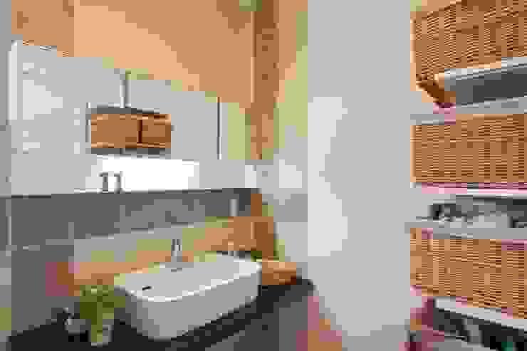 中庭のある家 オリジナルスタイルの お風呂 の 株式会社 創匠 オリジナル