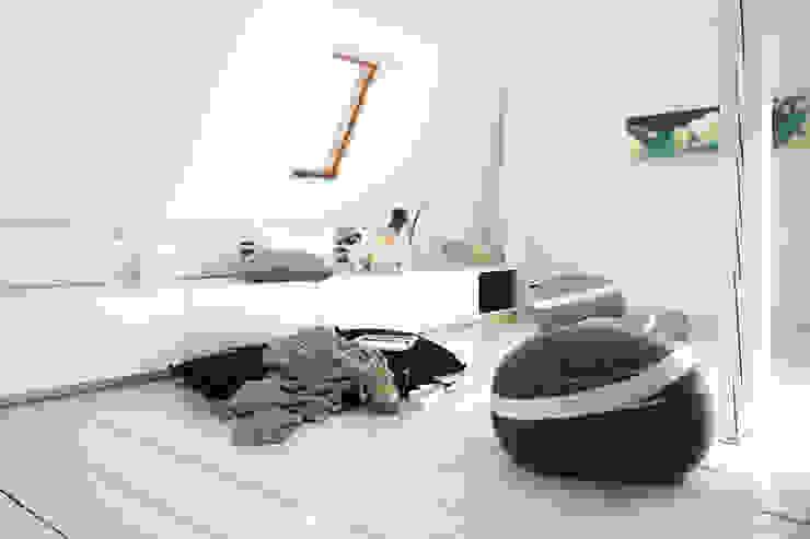 Second life - Accessoires aus recycelten Jeans: modern  von InteriorPark.,Modern