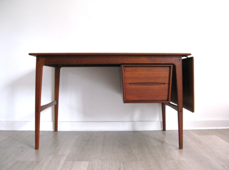 1960s Danish teak drop leaf desk with sliding cabinet by Svend Å Madsen for Sigurd Hansen: scandinavian  by Funky Junky, Scandinavian