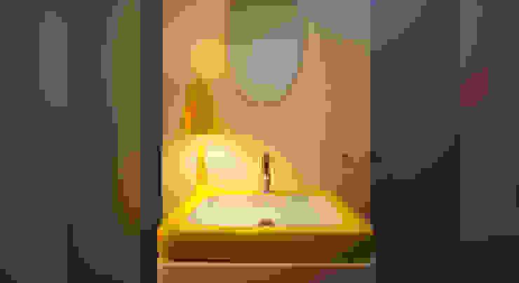 Minimalistische badkamers van spreeformat architekten GmbH Minimalistisch