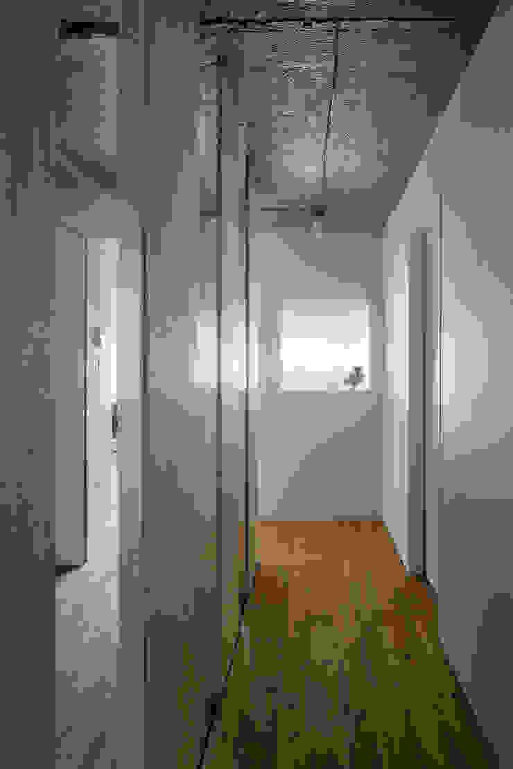 上町の住居 ミニマルな 窓&ドア の 蘆田暢人建築設計事務所 Ashida Architect & Associates ミニマル