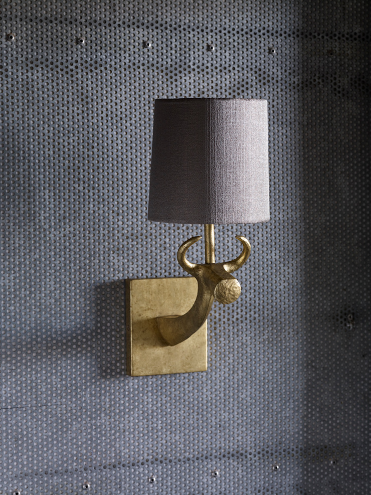 Cow Wall Light - Mister Smith interiors de Mister Smith Interiors Ecléctico