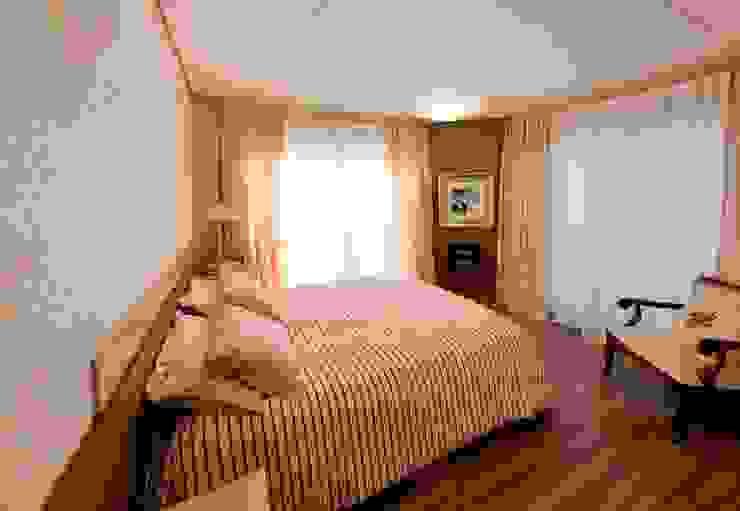 Projeto arquitetônico de interiores para residencia unifamiliar. (Fotos: Lio Simas) Quartos ecléticos por ArchDesign STUDIO Eclético